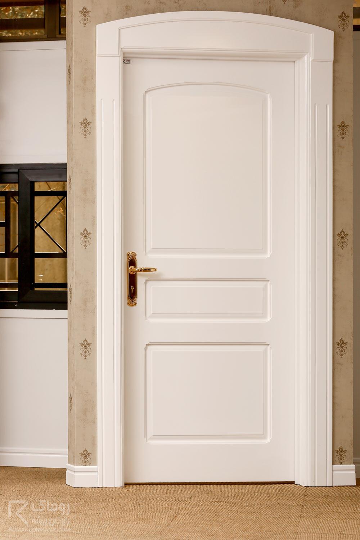 درب اتاق قاب دار