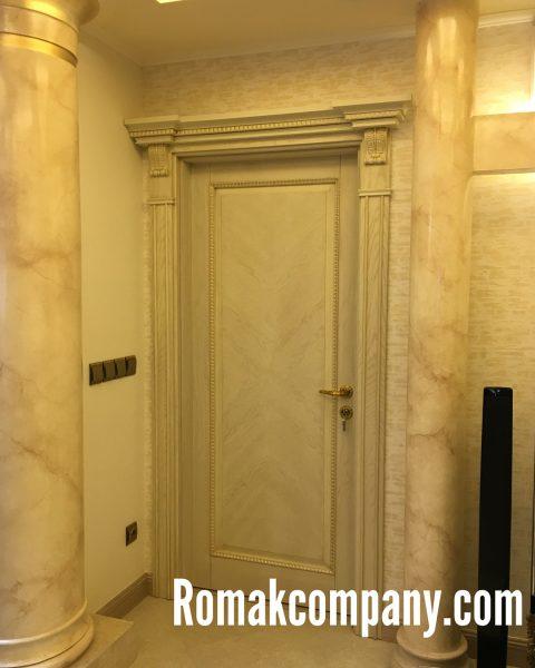 درب چوبی ورودی ساختمان