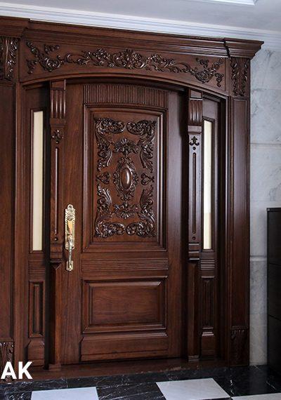 درب آپارتمانی چوبی کلاسیک