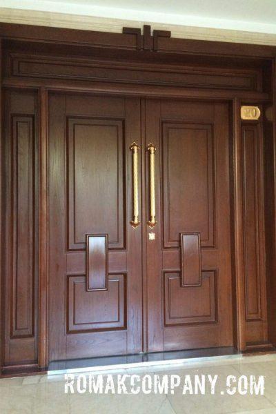 درب ورودی ساختمان
