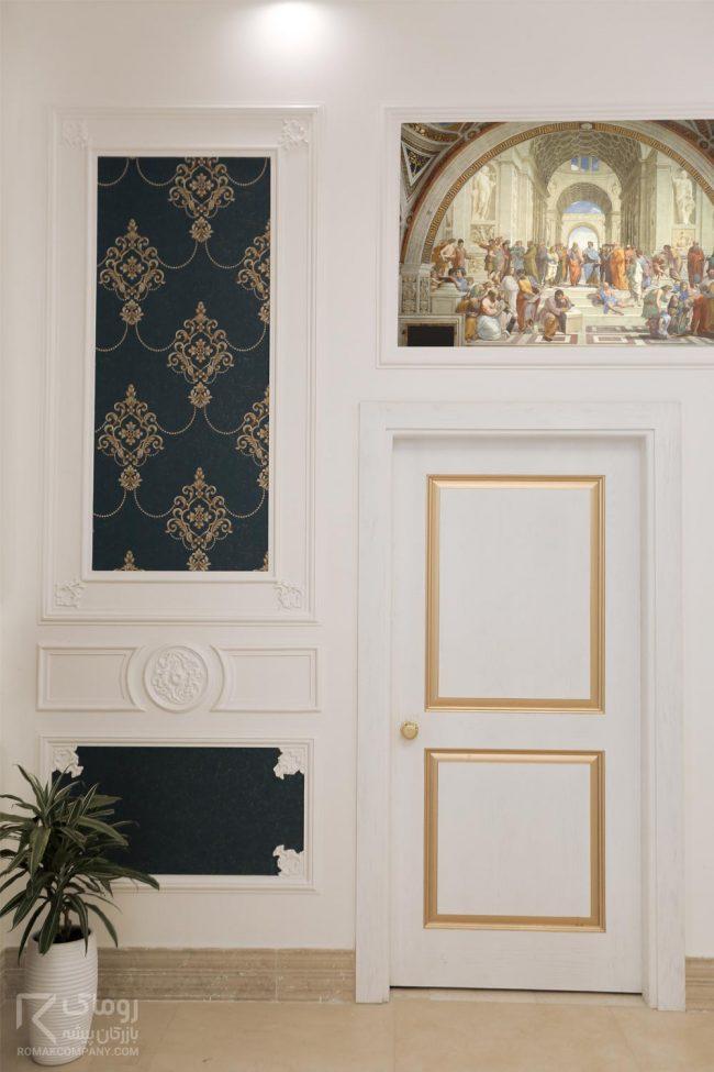 درب داخلی اتاق سفید و طلایی