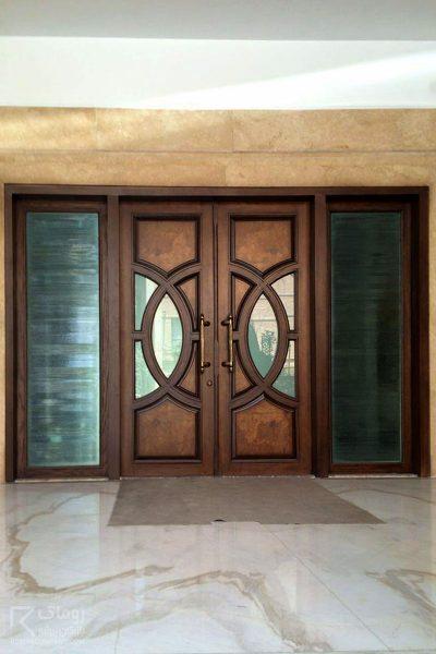 درب چوبی ورودی لابی