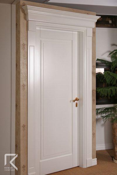 در سفید چوبی