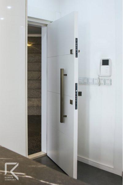 درب ضد سرقت سی ان سی سفید